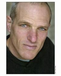Insight Dialogue teacher Gregory Kramer