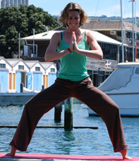 Happy people doing imperfect yoga is great marketing!