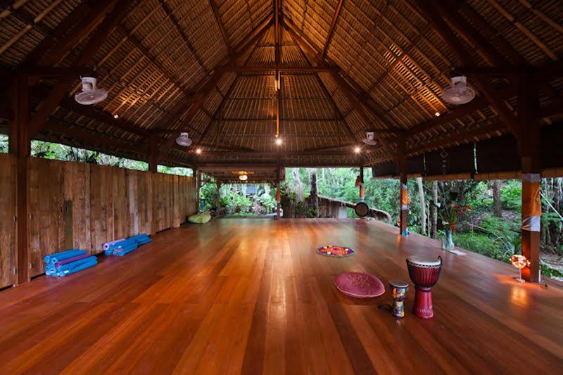 Circling yoga shala