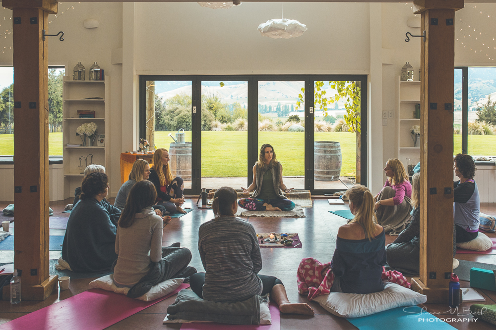 9 Questions To Ask Before You Host a Travelling Yoga Teacher