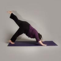 Anna Guest-Jelley, Curvy Yoga