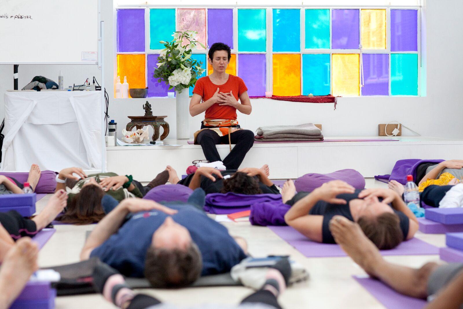 Donna Farhi Yoga